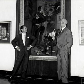 1-Yves-Brayer-et-Serge-Lifar-devant-son-portrait-Palais-de-la-Méditerranée-Nice-1967